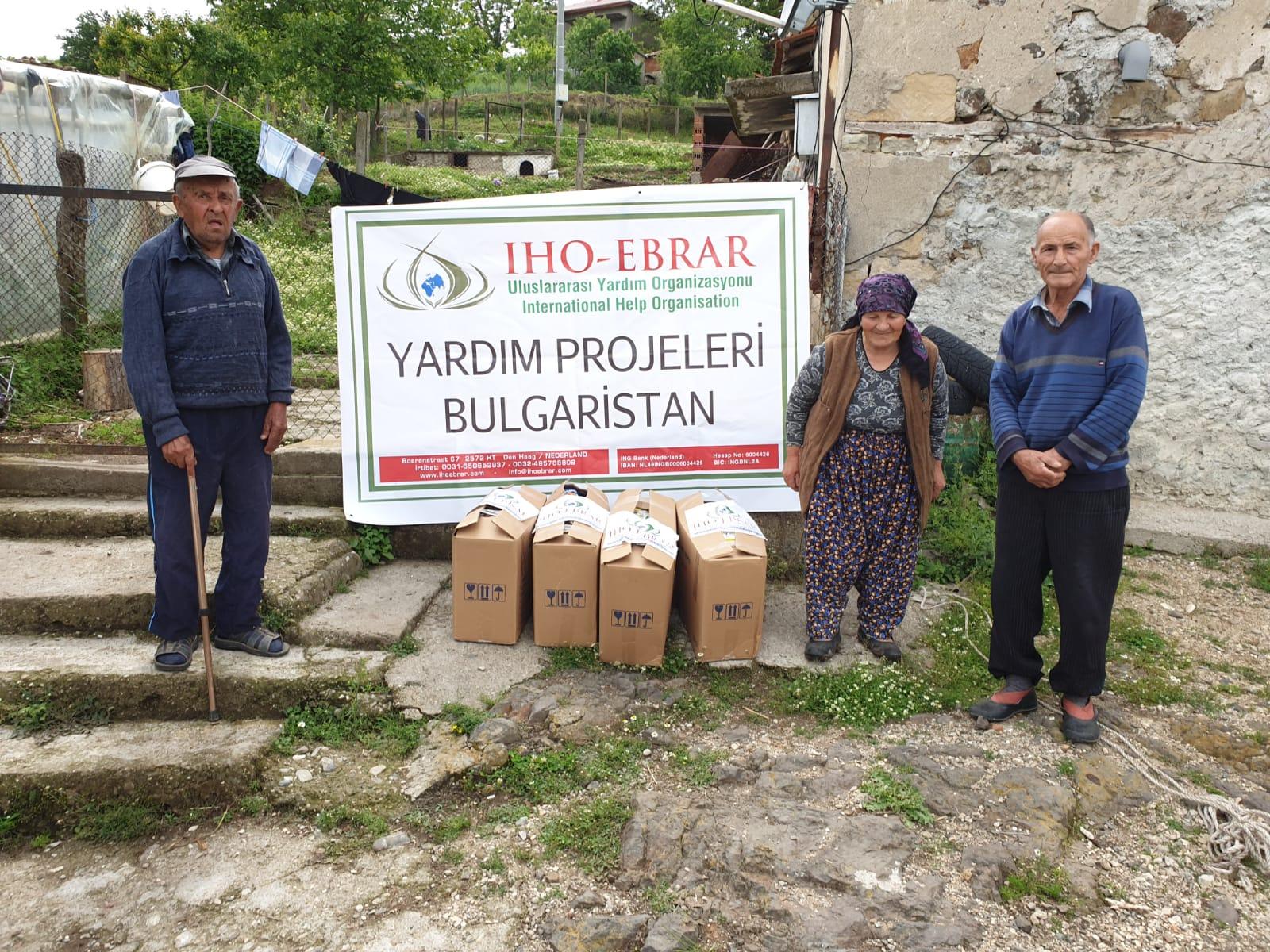 Ramazan'da Bulgaristanlı fakir köylüleri sevindirdik.